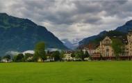 瑞士因特拉肯小镇风景图片(16张)