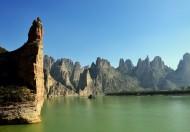 甘肃炳灵寺石林风景图片(18张)