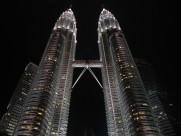 不同角度的吉隆坡石油双塔图片(10张)