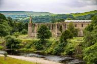 英格兰博尔顿修道院风景图片(8张)