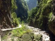 重庆天坑地缝风景图片(12张)