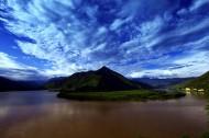 云南长江第一湾风景图片(5张)
