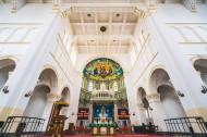 山东青岛天主教堂内部建筑风景图片(7张)