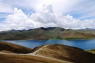 西藏圣湖羊卓雍错湖图片(9张)