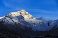 西藏珠穆朗玛峰风景图片(14张)