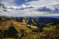 新疆天山乔尔玛风景图片(10张)