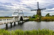 荷兰风车村风景图片(9张)