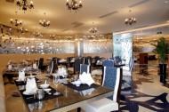 现代风格餐厅-月中餐厅图片(10张)