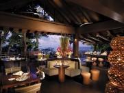 菲律宾香格里拉长滩岛度假村餐厅图片(6张)