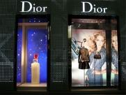 Dior橱窗设计图片(21张)