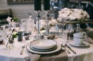 精致的餐桌装饰图片(15张)