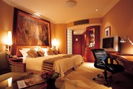 泰国曼谷香格里拉酒店客房图片(22张)