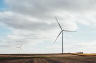 利用风力发电的风车图片(10张)