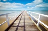 平静的码头风景图片(12张)