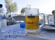 玻璃杯中的啤酒图片(12张)