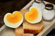 切开的煮鸡蛋图片(10张)