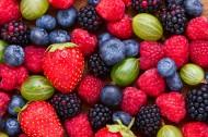 新鲜的草莓蓝莓桑葚图片(10张)