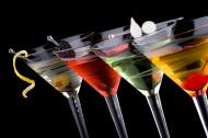 不同颜色的鸡尾酒图片(5张)