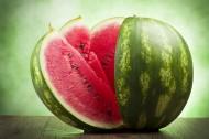新鲜的西瓜图片(12张)