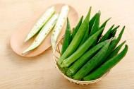 绿色营养的秋葵图片(13张)