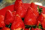 新鲜多汁的草莓图片(10张)