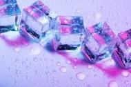 彩色的冰块图片(15张)