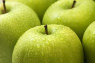 硕大诱人的青苹果图片(10张)