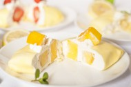 美味好吃的榴莲蛋糕图片(13张)