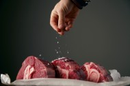 鲜嫩大块的牛肉图片(17张)