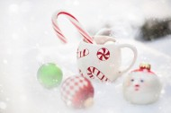 冬天雪地上的热巧克力甜品图片(10张)