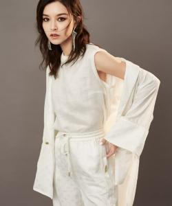 文咏珊甜酷时尚写真图片