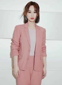 杨紫俏丽女孩美丽蜕变,散发着温柔优雅的气质