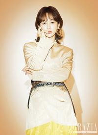 杨紫混搭风时尚写真图片
