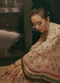 刘诗诗妩媚撩人性感写真图片