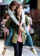 《爱情雨》允儿与张根硕最新剧照