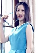 姚贝娜时尚写真曝光 优雅短发女王范十足