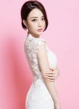 李小璐唯美婚纱大片 前凸后翘完美新娘