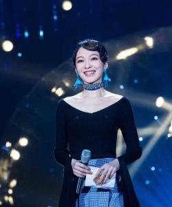 张韶涵《歌手》最新性感写真图片