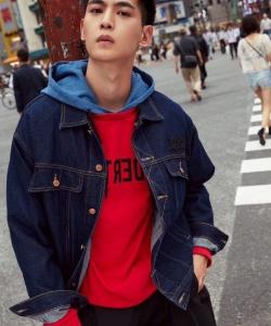 唐晓天东京街头时尚帅气街拍写真图片
