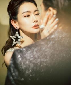 戚薇李承铉双11晚会高清写真图片