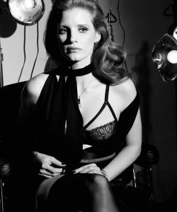 杰西卡·查斯坦黑白写真高清图片