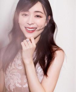 张静初刺绣纱裙性感写真