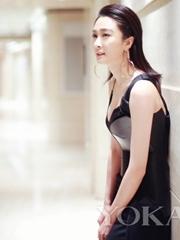 美肩纤腰又帅又美 黑礼服又被陈冰穿出新花样
