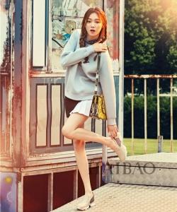 韩国美女李圣经时尚杂志图片