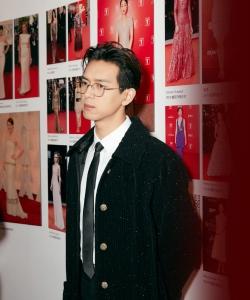 李现时尚摩登活动写真图片