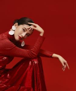 吴千语时尚优雅写真图片