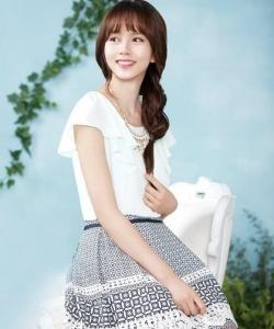 金所炫韩国知名女装SOUP服饰代言图尽显甜美风范
