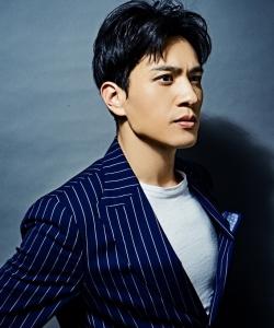 马敬涵型男风儒雅帅气写真