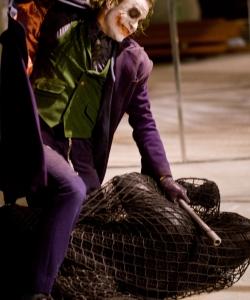 希斯·莱杰《蝙蝠侠:黑暗骑士》饰演Joker剧照图片
