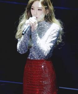 金泰妍高清舞台唯美图片